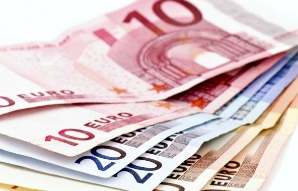 I prestiti spingono il credito al consumo