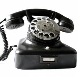Telefonia, le offerte degli operatori in vista del Natale