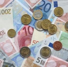Prestiti imprese pesano su calo finanziamenti secondo Unimpresa