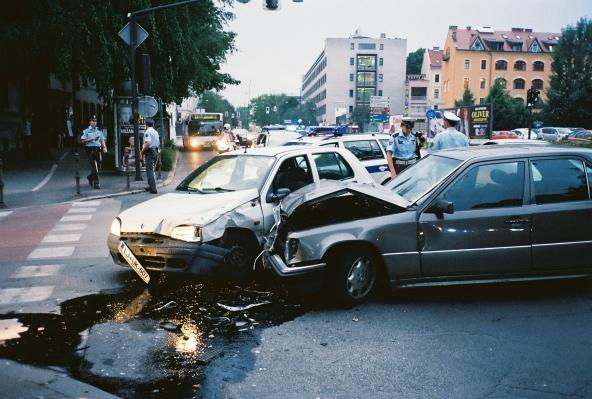 Omicidio stradale, patente ritirata fino a 30 anni