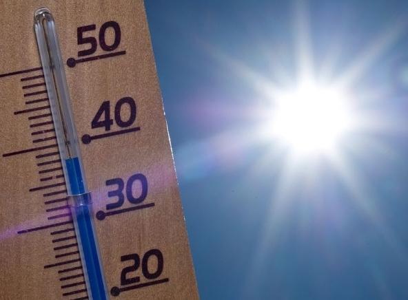 Condizionatore e ventilatore contro il caldo