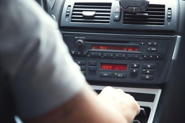 Risparmia sulla polizza auto, scegli bene!