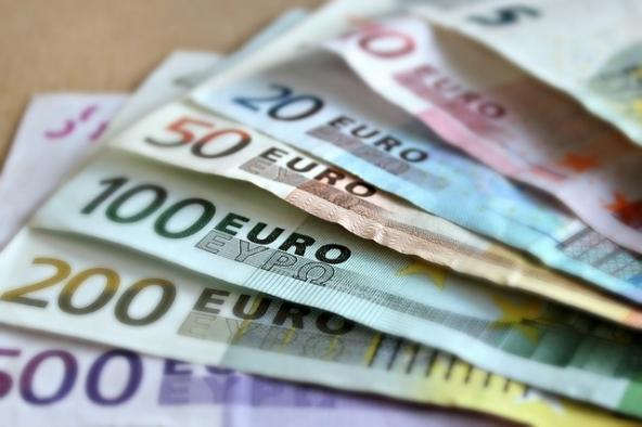 Domanda di prestiti in calo a dicembre 2015