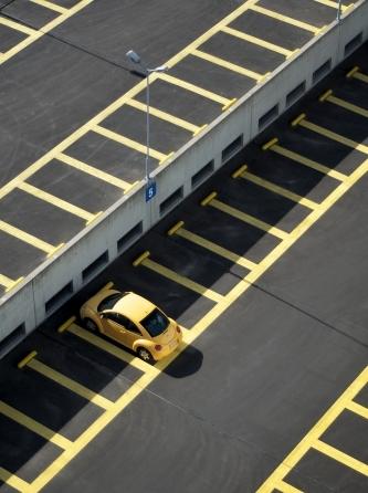 Incidente in fase di parcheggio