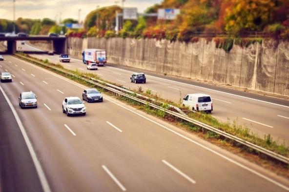 Tutor in autostrada per misurare la velocità media