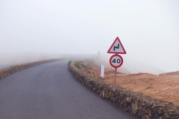 Adegua la guida alle condizioni di visibilità