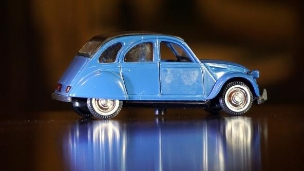 Neopatentati: assicurare l'auto costa molto di più