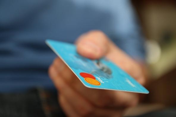 Carta di credito prepagata per ragazzi minorenni