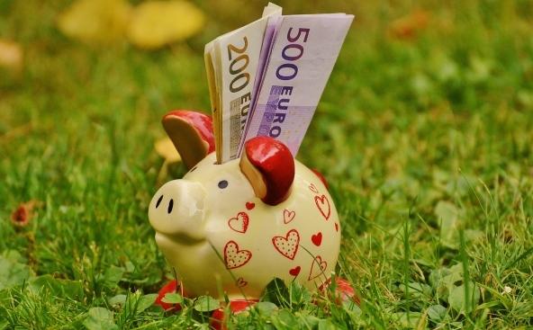 Vincola i tuoi risparmi per guadagni maggiori!