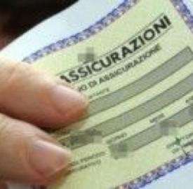 Posso pagare l'assicurazione auto con carta di credito?