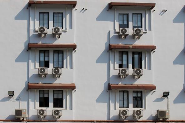 Confronto condizionatori d'aria fissi o portatili