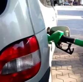 Prezzo dell'assicurazione auto: quanto incide se è diesel o benzina?