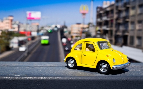 Da che cosa dipende il costo della polizza auto?
