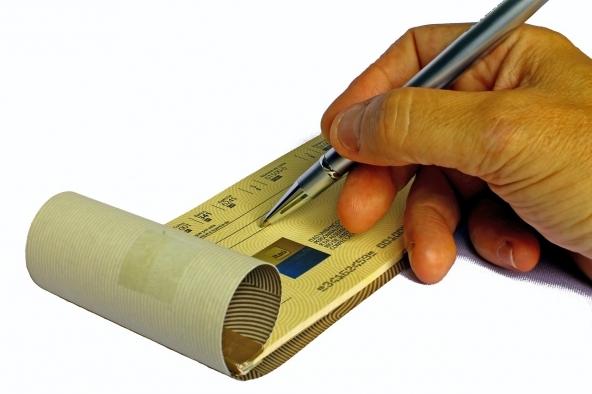 Versare un assegno in banca online
