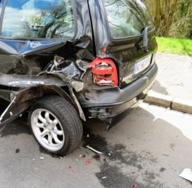 Scopri che cosa fare se trovi la tua auto parcheggiata rigata o danneggiata.