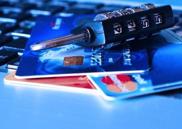 Truffe carte di credito: i consigli per difenderti