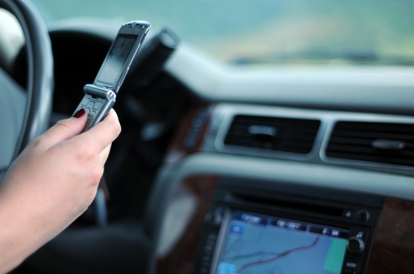 Smartphone alla guida