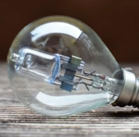 Migliori tariffe luce per chi vive solo e consuma poco