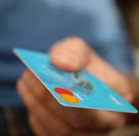 Carte ricaricabili gratuite: quali banche le offrono?